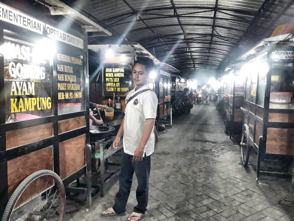 Kuliner Monumen Sampang