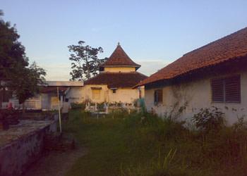 Masjid Madegan Sampang